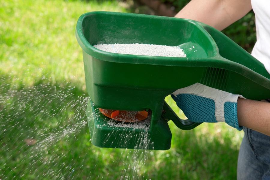 Ckd Lawn Fertilising Services